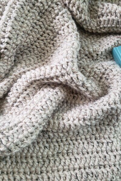 Moonstone Beach Throw blanket pattern - Kind Of Knit