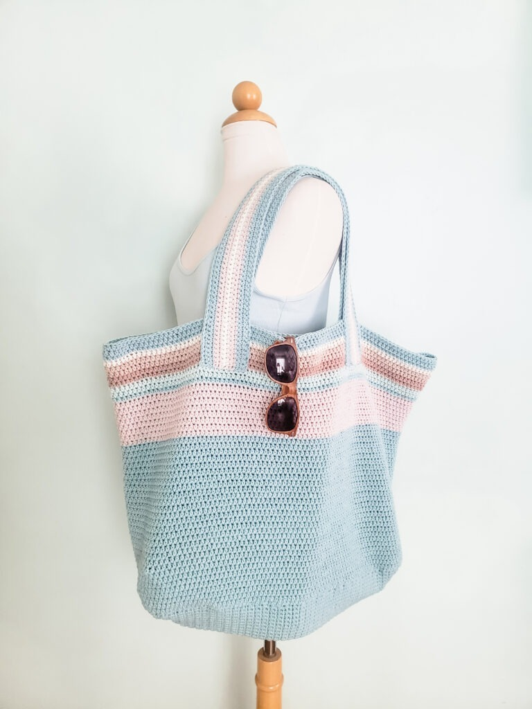 Cambria Dream Beach Bag design by Kind Of Knit