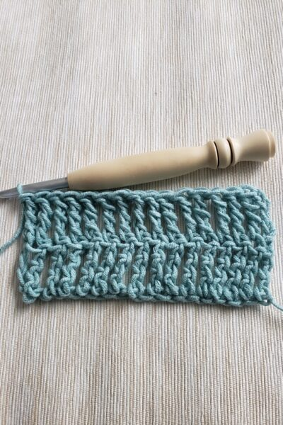 How to Make a DTR Crochet Stitch - The complete row