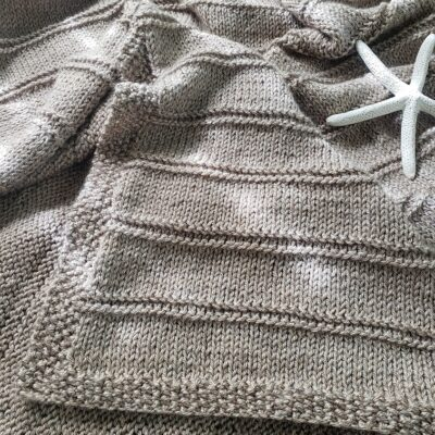 Sandy Shores Knitted Blanket Pattern – Soft, Light and Cuddly