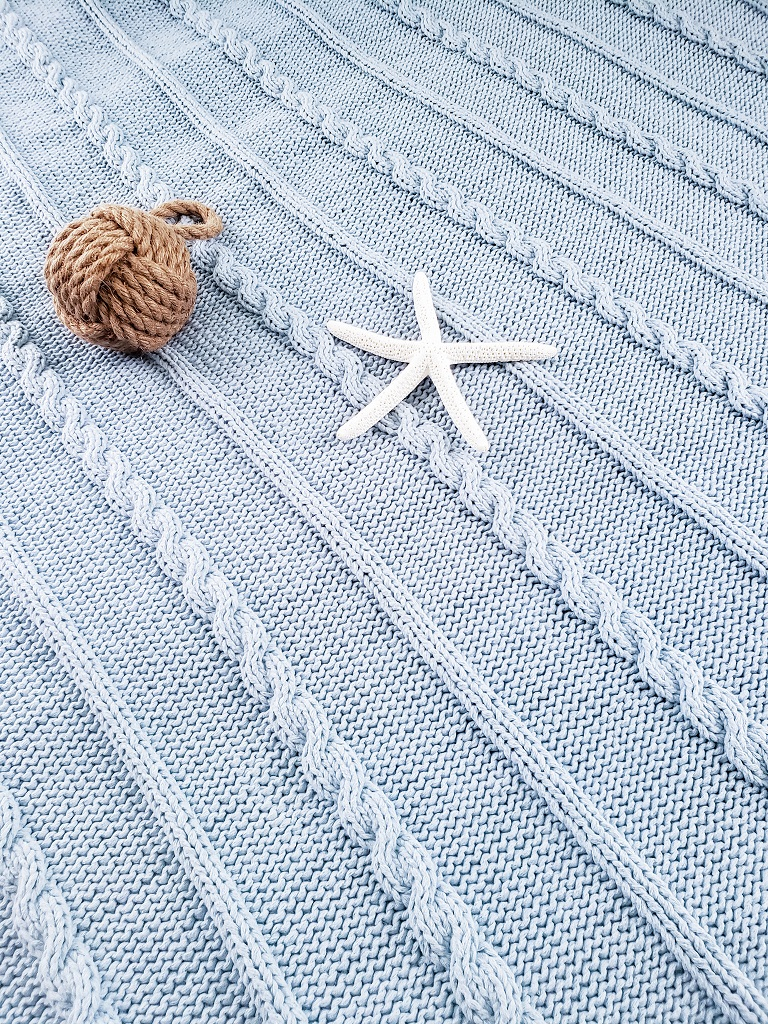 Del Mar Braided Knitted Blanket Pattern - design from Kind Of Knit
